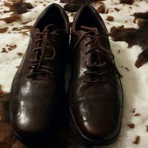 Size  11 men's Rockport shoes